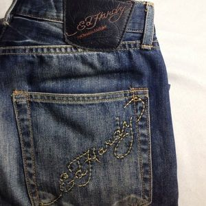 ED HARDY BEAUTIFUL STRAIGHT JEANS DISTRESSED